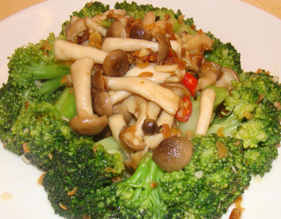 1375276936_Broccoliwsongmushroom